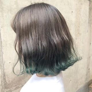 グラデーションカラー ボブ アッシュ ストリート ヘアスタイルや髪型の写真・画像 ヘアスタイルや髪型の写真・画像