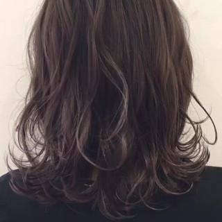 アッシュ ハイライト 外国人風 色気 ヘアスタイルや髪型の写真・画像