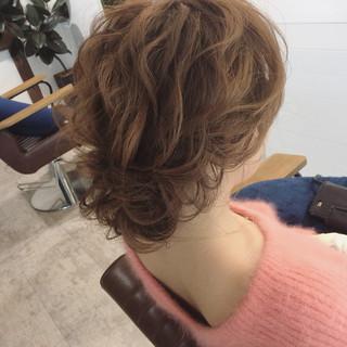 ゆるふわ フェミニン ヘアアレンジ ミディアム ヘアスタイルや髪型の写真・画像