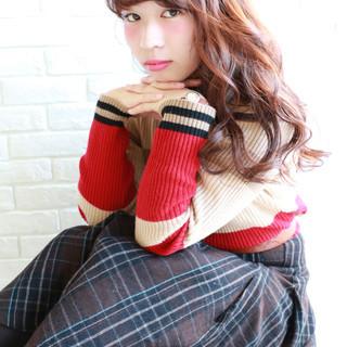 ロング 外国人風 フェミニン ガーリー ヘアスタイルや髪型の写真・画像
