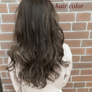 ナチュラル セミロング グラデーションカラー 冬 ヘアスタイルや髪型の写真・画像