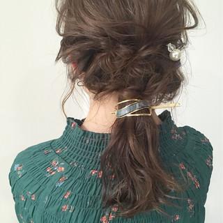 簡単ヘアアレンジ デート 大人かわいい セミロング ヘアスタイルや髪型の写真・画像