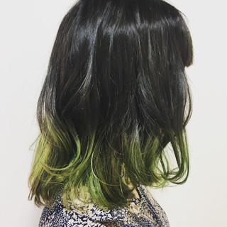 ミディアム 個性的 ストリート グラデーションカラー ヘアスタイルや髪型の写真・画像