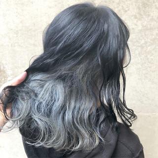 インナーカラー ミディアム ストリート ダブルカラー ヘアスタイルや髪型の写真・画像