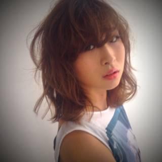 ミディアム モテ髪 大人かわいい フェミニン ヘアスタイルや髪型の写真・画像