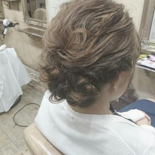 セミロング ヘアアレンジ ゆるふわ 波ウェーブ ヘアスタイルや髪型の写真・画像