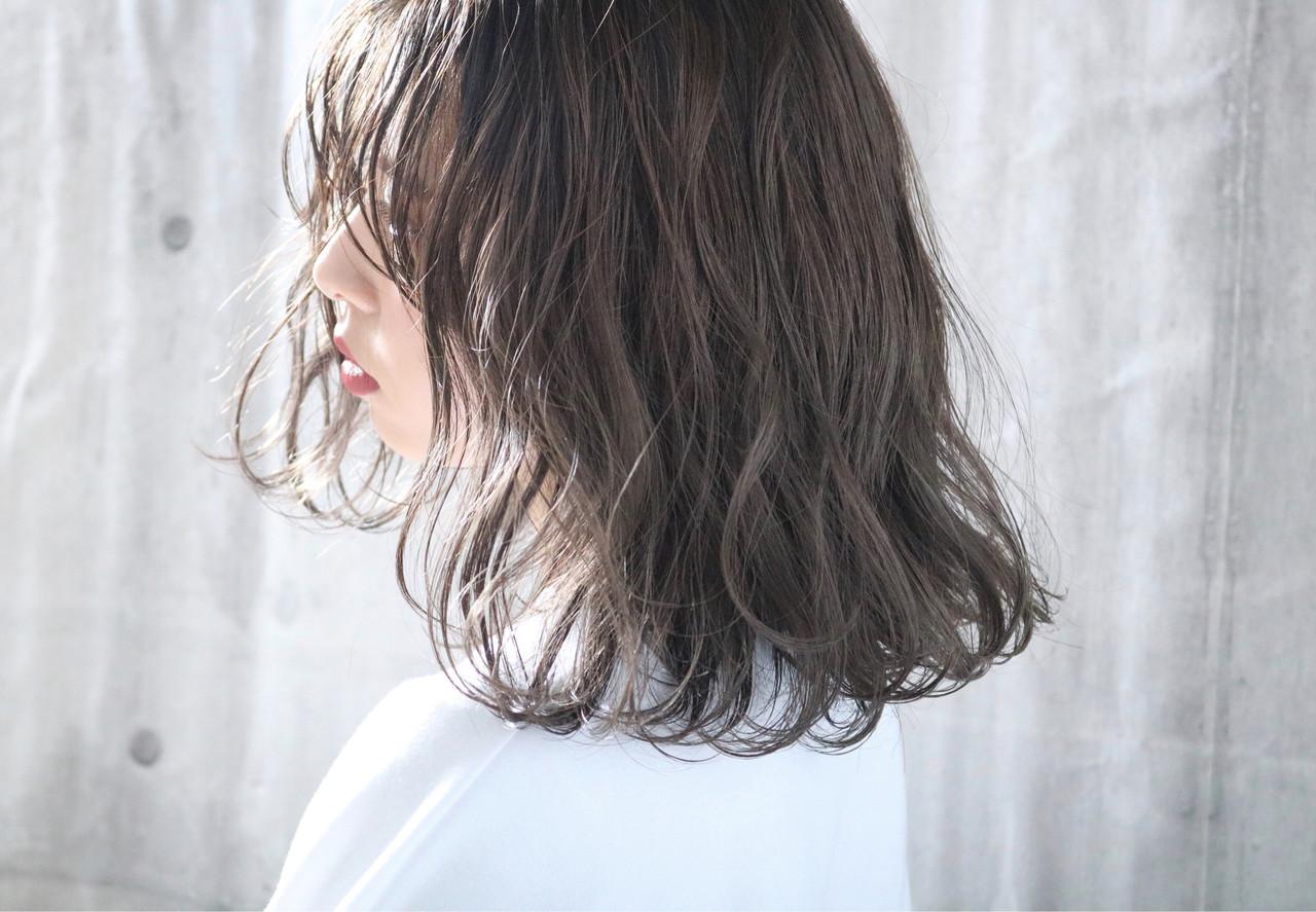外国人風カラー パーマ ナチュラル 簡単ヘアアレンジ ヘアスタイルや髪型の写真・画像 | 中村明俊 / AUBE hair