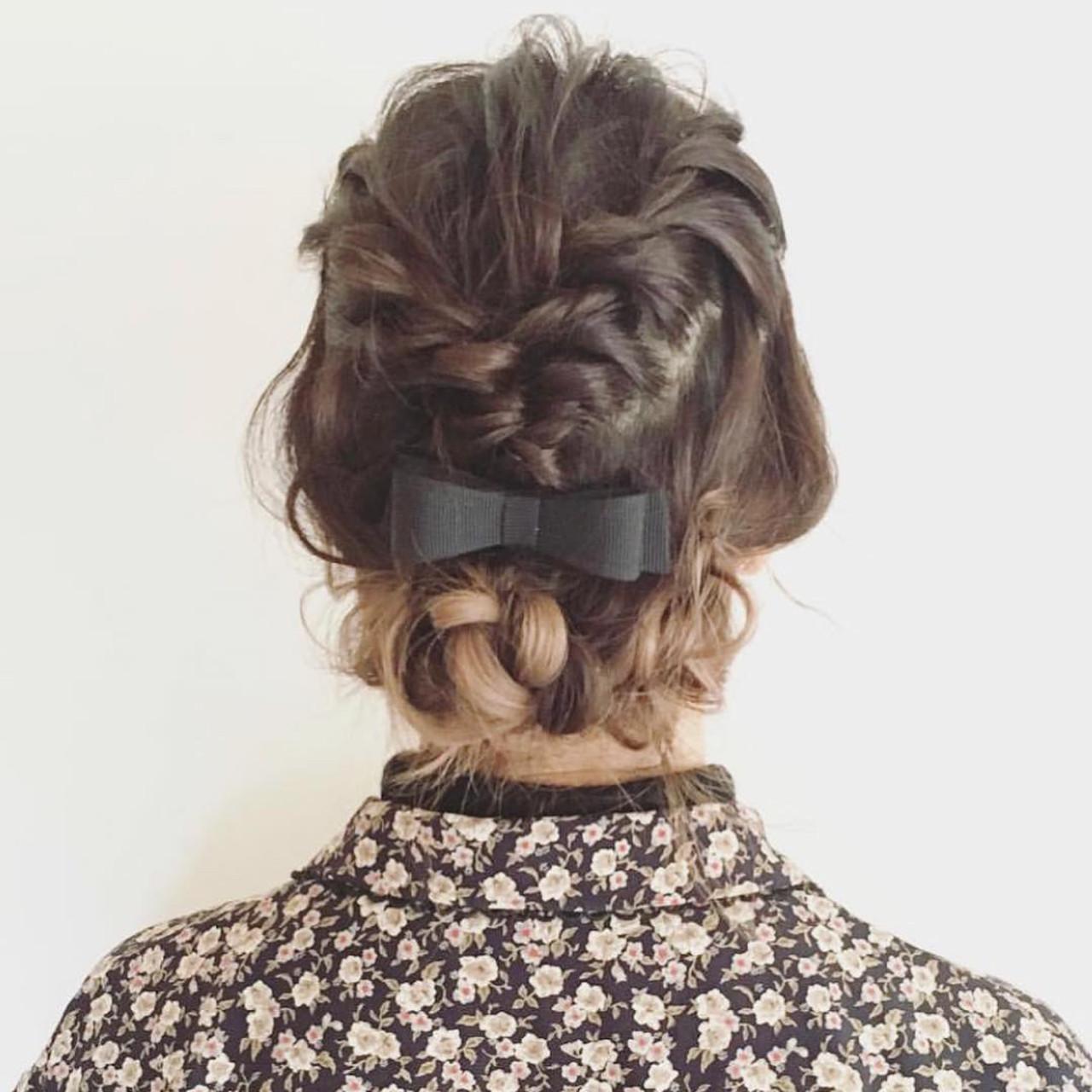 パーマ 簡単ヘアアレンジ ミディアム フェミニン ヘアスタイルや髪型の写真・画像