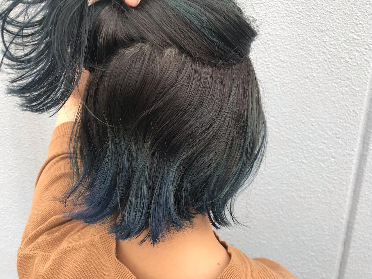 インナーカラー ブルージュ ブルーアッシュ フェミニン ヘアスタイルや髪型の写真・画像