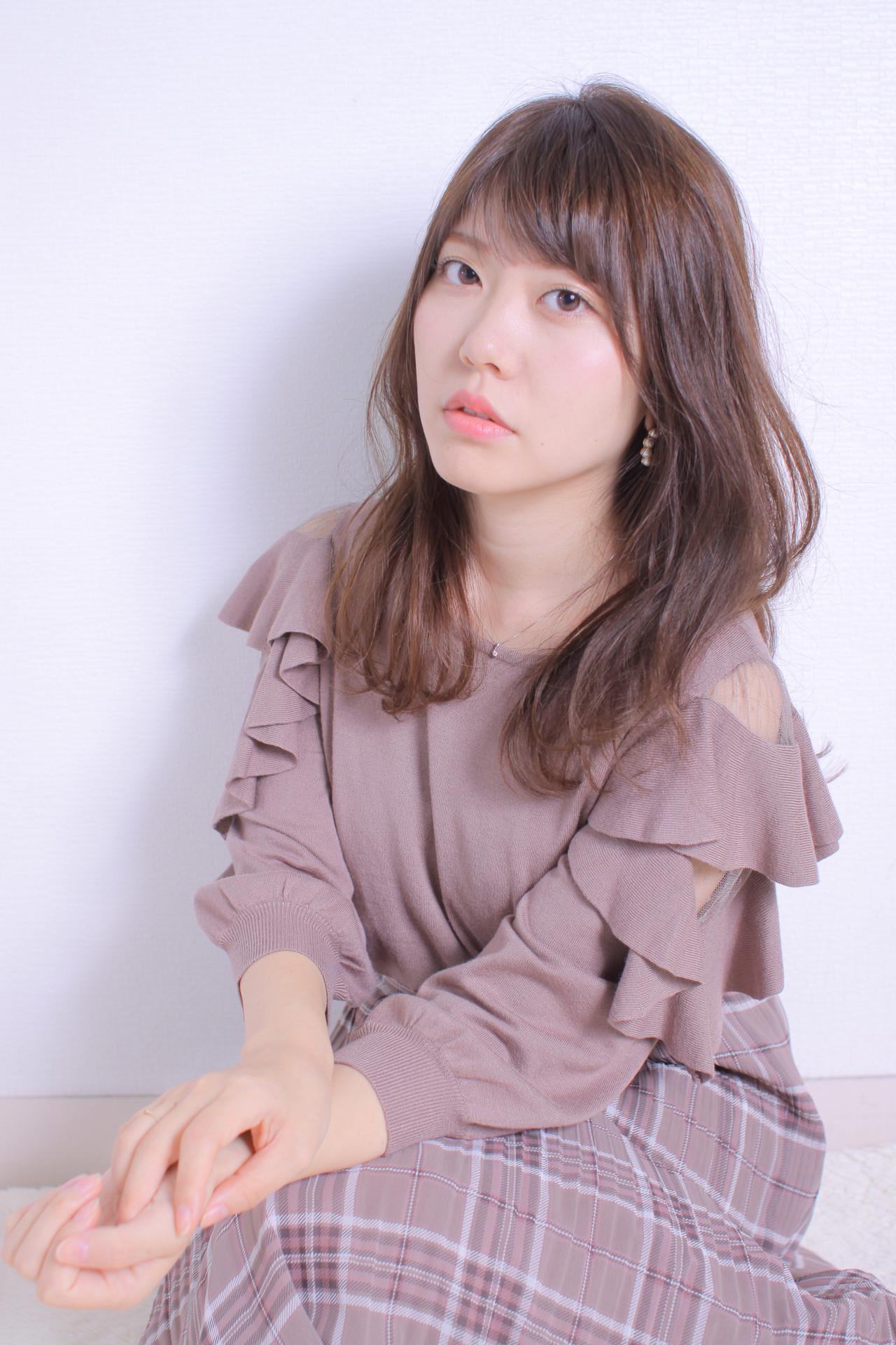 ゆるナチュラル アンニュイほつれヘア ロング 大人かわいい ヘアスタイルや髪型の写真・画像 | Masayuki Seto / PROS:旭商店街店