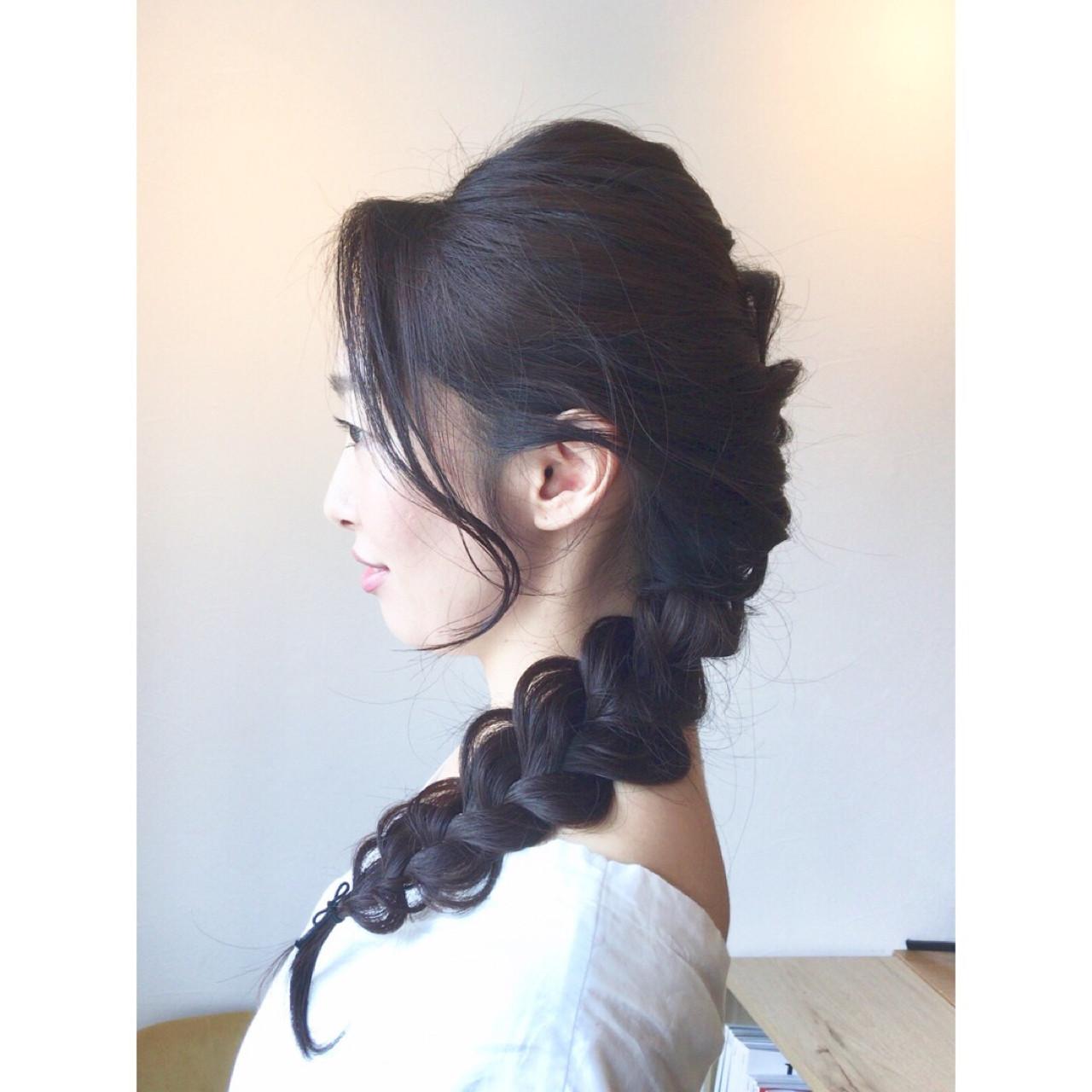 簡単ヘアアレンジ 結婚式 ナチュラル 黒髪 ヘアスタイルや髪型の写真・画像 | 橙子 /
