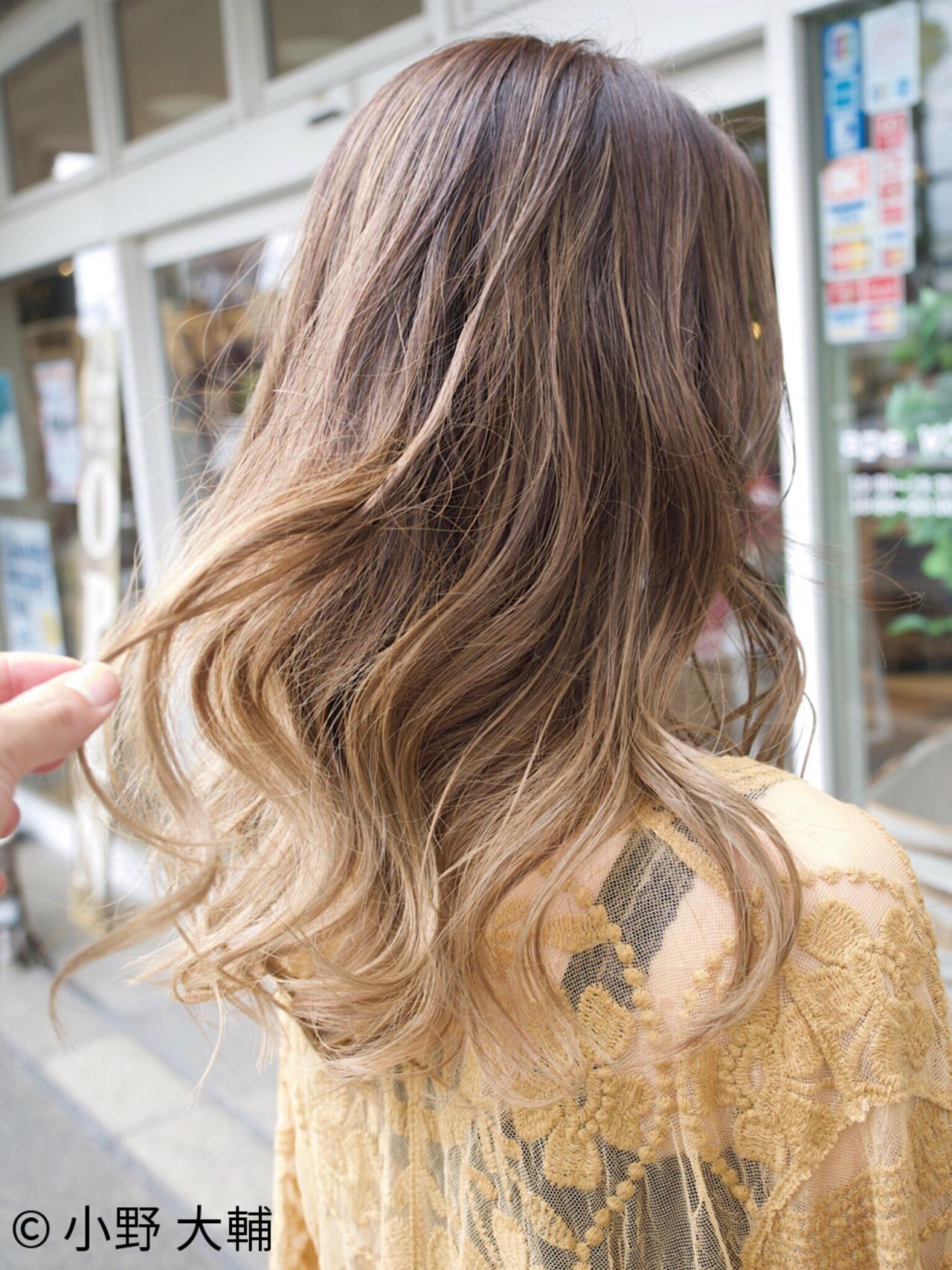 外国人風カラー ナチュラル アッシュ ハイライト ヘアスタイルや髪型の写真・画像 | 小野 大輔 / ape beauty WORLD 水戸見川店