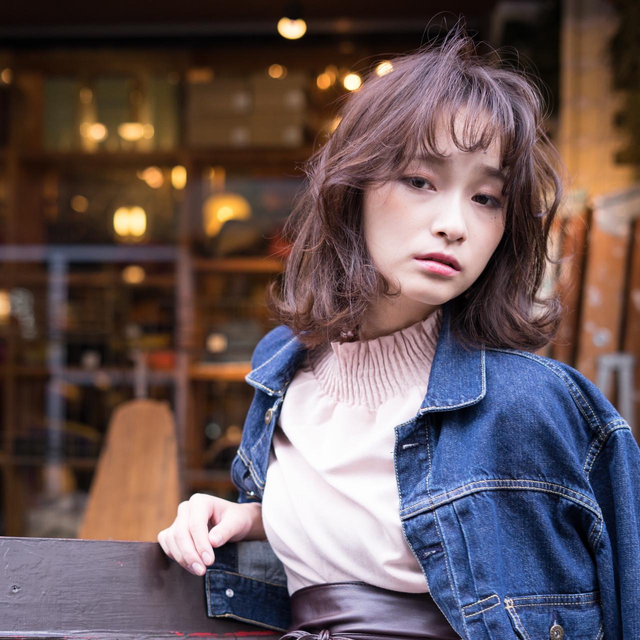 アンニュイほつれヘア ゆるふわ ミディアム 外ハネ ヘアスタイルや髪型の写真・画像