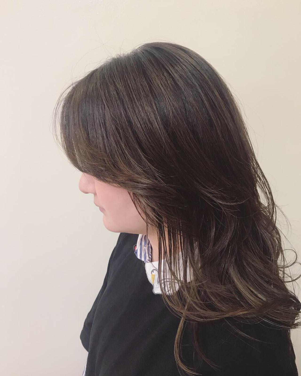 簡単ヘアアレンジ デート ナチュラルウルフ アンニュイほつれヘア ヘアスタイルや髪型の写真・画像