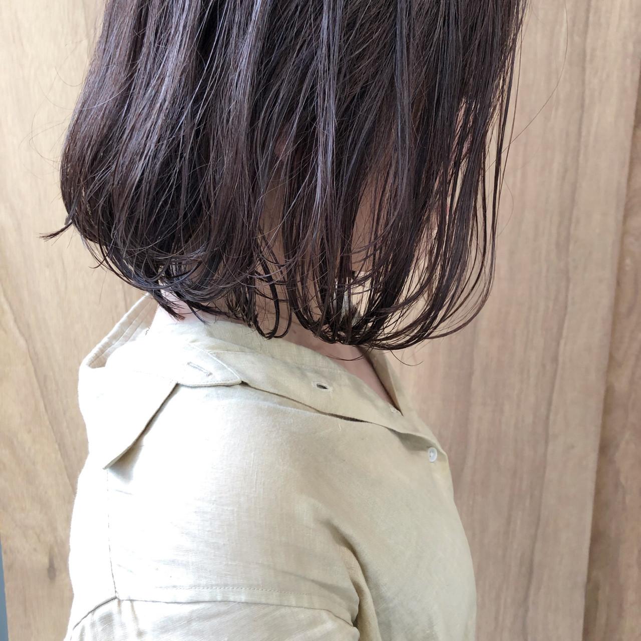 切りっぱなしボブ ボブ 外ハネボブ ナチュラル ヘアスタイルや髪型の写真・画像 | 松井勇樹 / TWiGGY  歩行町店