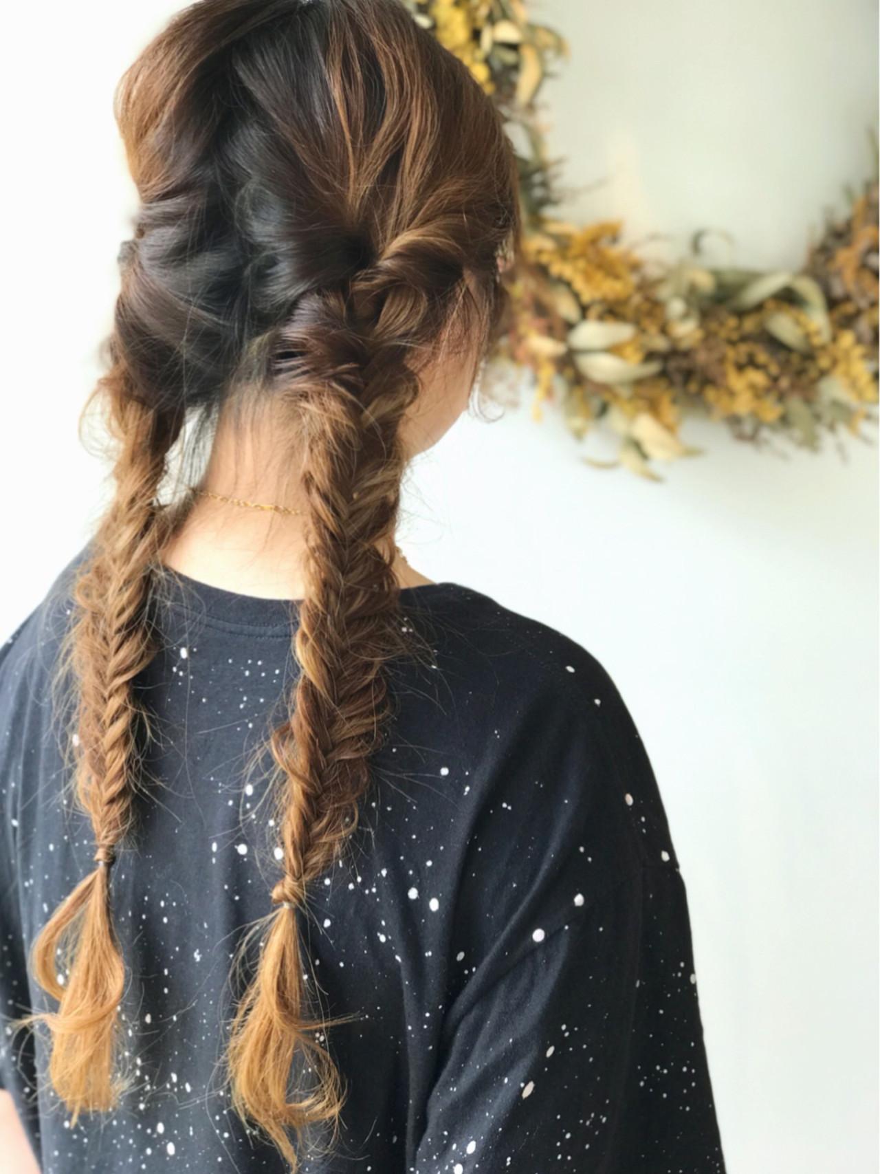 簡単ヘアアレンジ アウトドア ストリート ロング ヘアスタイルや髪型の写真・画像