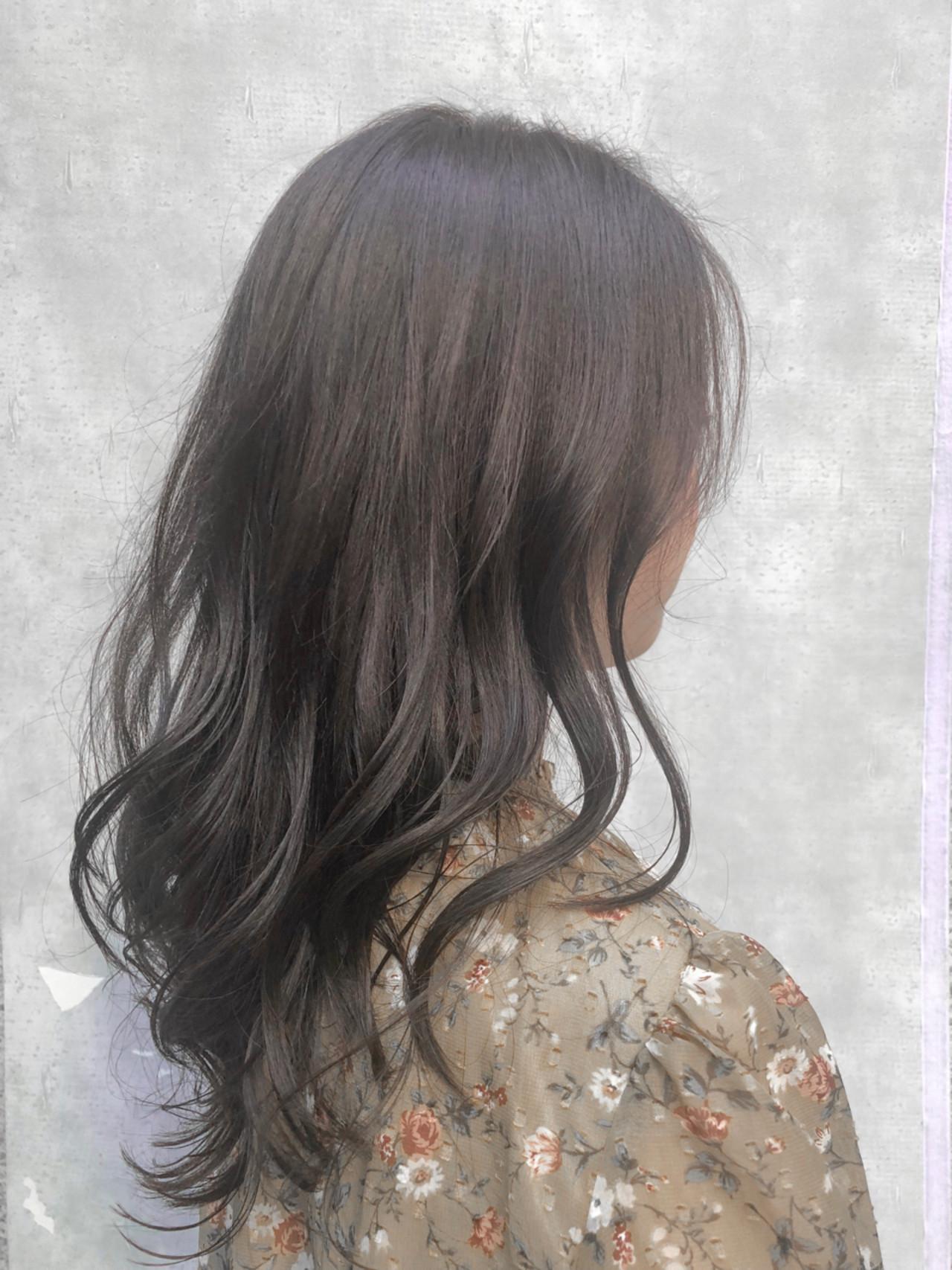 透明感 ウェーブ ナチュラル ミディアム ヘアスタイルや髪型の写真・画像