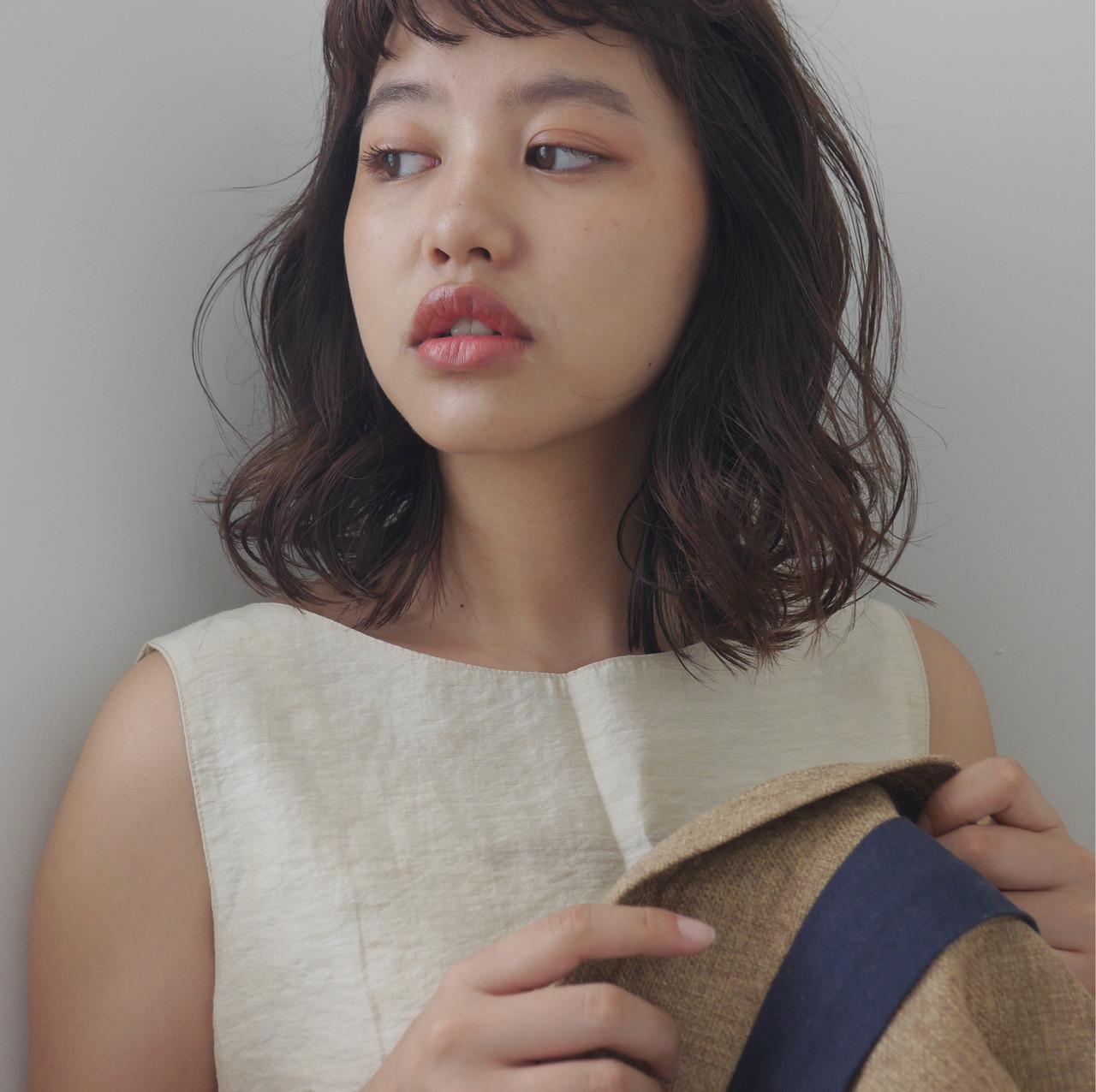 ベージュ シアーベージュ 鎖骨ミディアム ナチュラルベージュ ヘアスタイルや髪型の写真・画像