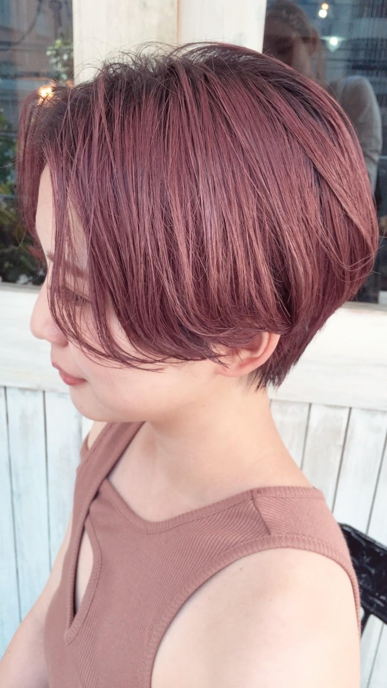ショート ダブルカラー フェミニン 暖色 ヘアスタイルや髪型の写真・画像