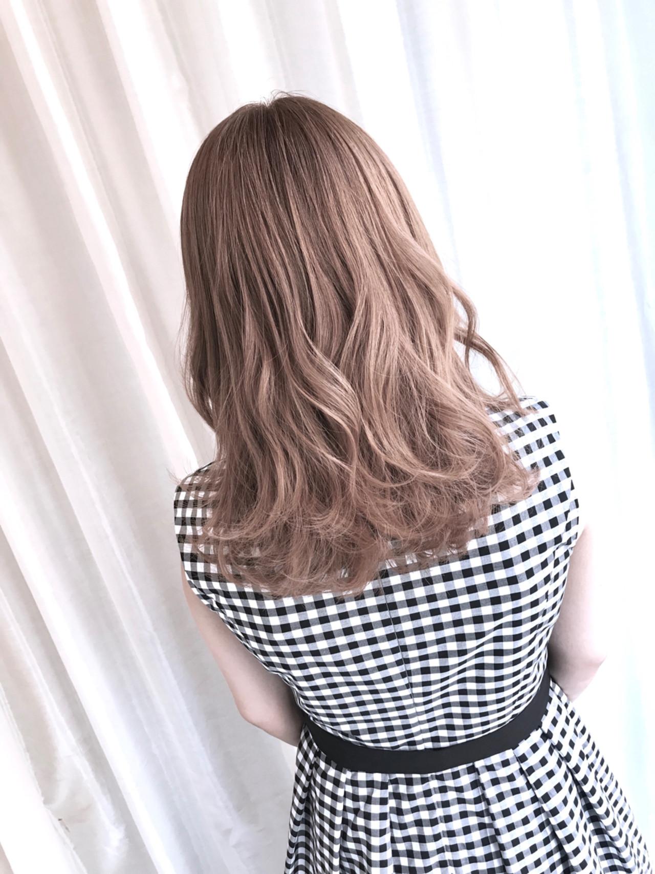 ミルクティー ミルクティーベージュ アッシュ ナチュラル ヘアスタイルや髪型の写真・画像   内田 一也 / hair/nail space a:le