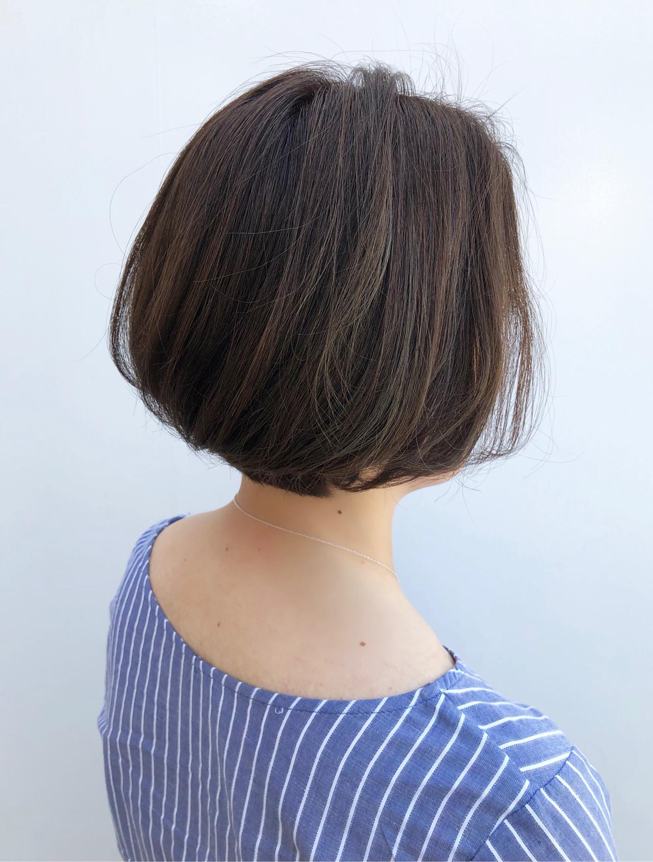 ショートボブ ベージュ 大人かわいい ボブ ヘアスタイルや髪型の写真・画像