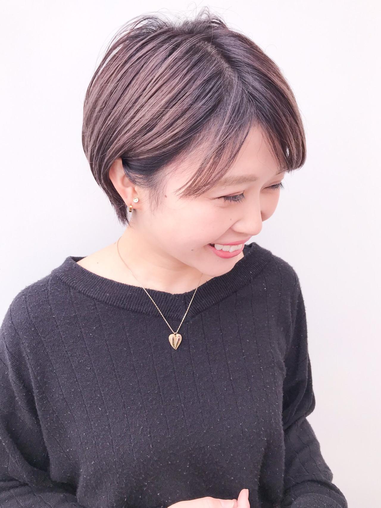 イルミナカラー 丸みショート コンサバ 大人かわいい ヘアスタイルや髪型の写真・画像 | HIROKI / roijir / roijir