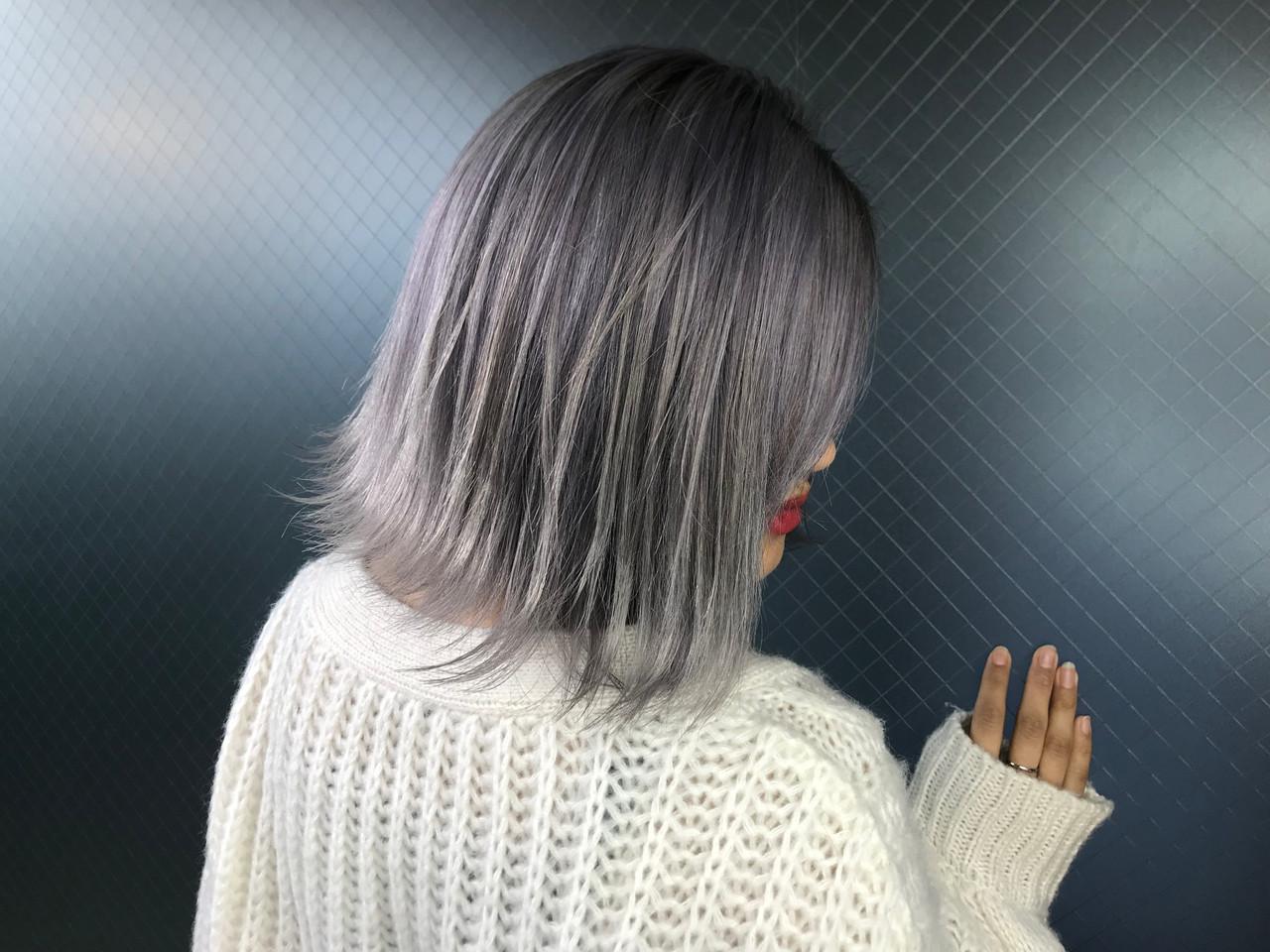ボブ うる艶カラー ホワイトカラー 艶髪 ヘアスタイルや髪型の写真・画像