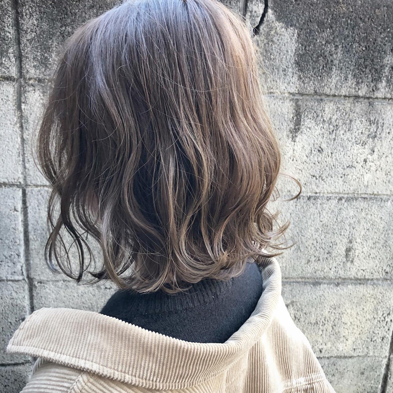 外国人風 ボブ アンニュイほつれヘア 切りっぱなし ヘアスタイルや髪型の写真・画像 | 山口 卓哉/earth北浦和店 / Hair&Make EARTH北浦和店