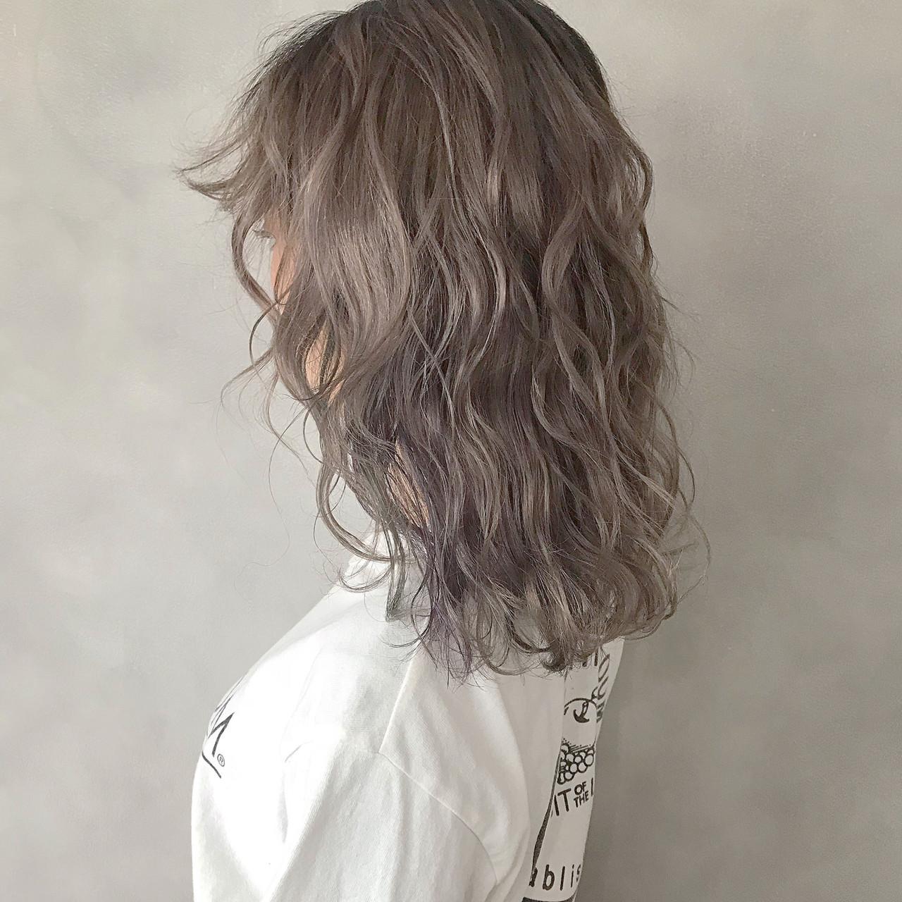 外国人風カラー ラフ 抜け感 イルミナカラー ヘアスタイルや髪型の写真・画像