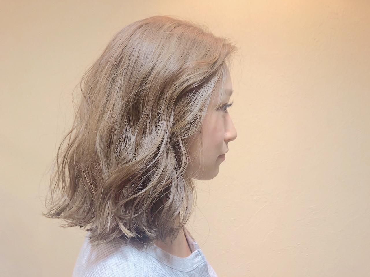 ナチュラル ミディアム ベージュ 金髪 ヘアスタイルや髪型の写真・画像 | ハラハナコ / airs 津田沼