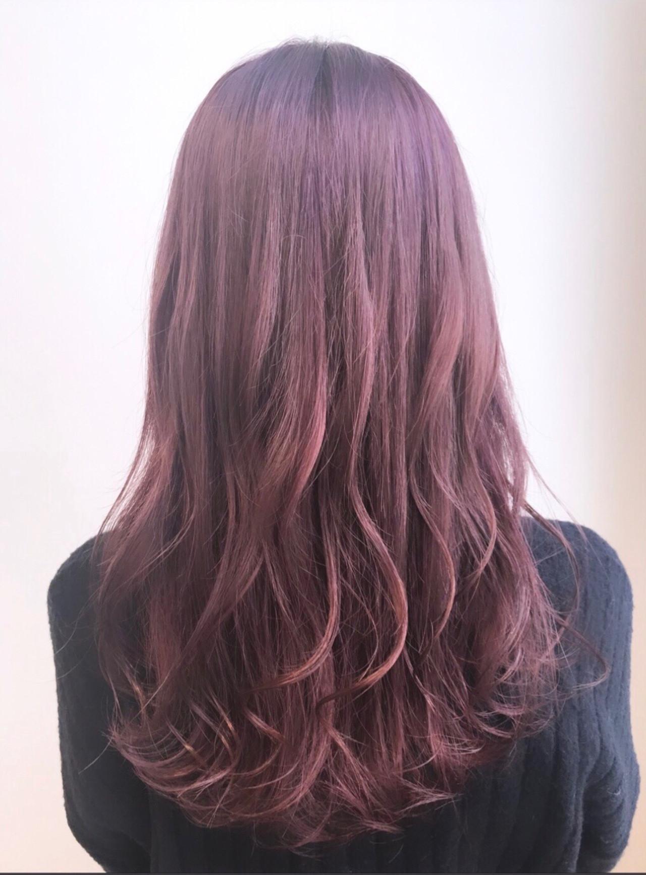 ピンクバイオレット フェミニン ブリーチカラー ロング ヘアスタイルや髪型の写真・画像