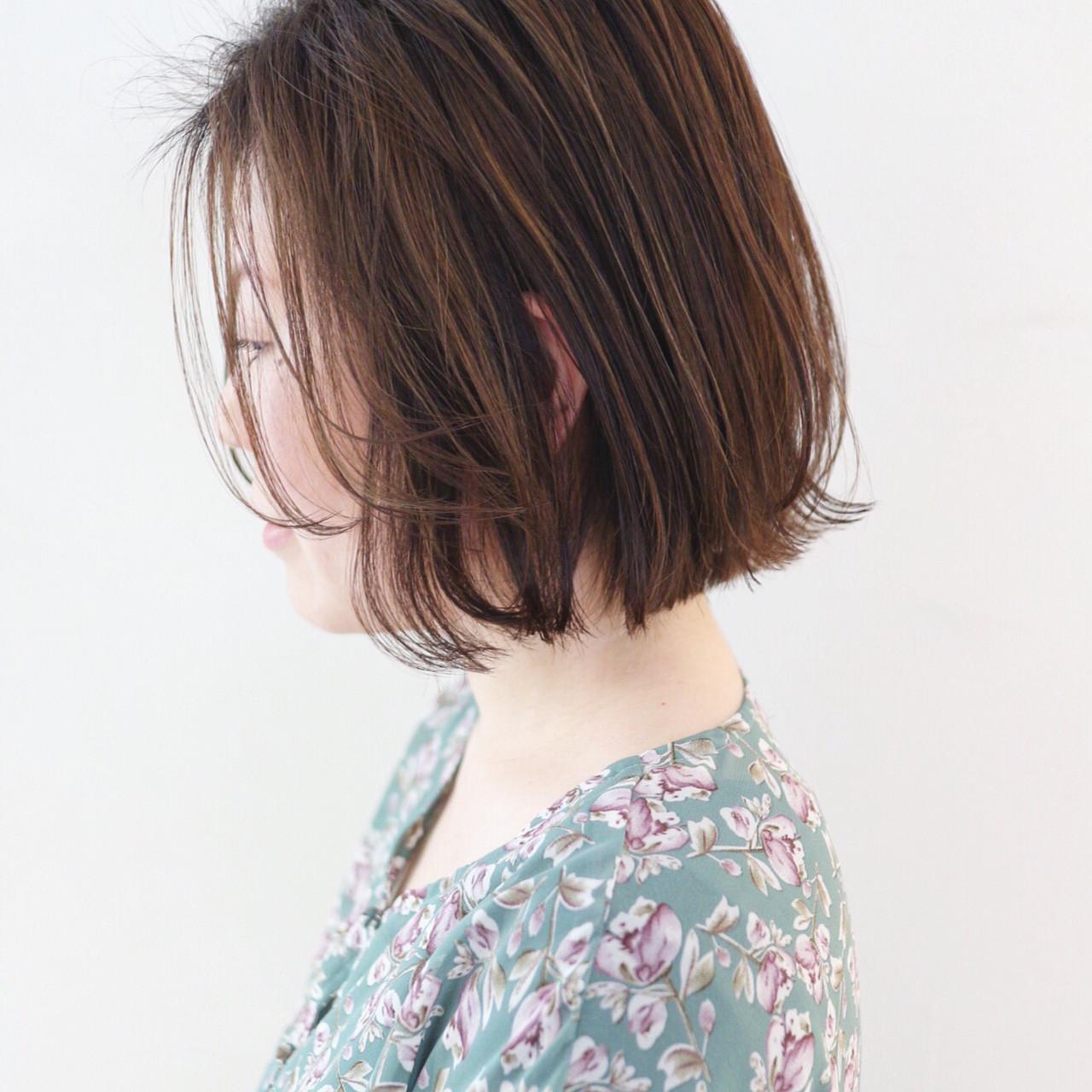グラデーションカラー 外ハネボブ ミニボブ ハイライト ヘアスタイルや髪型の写真・画像