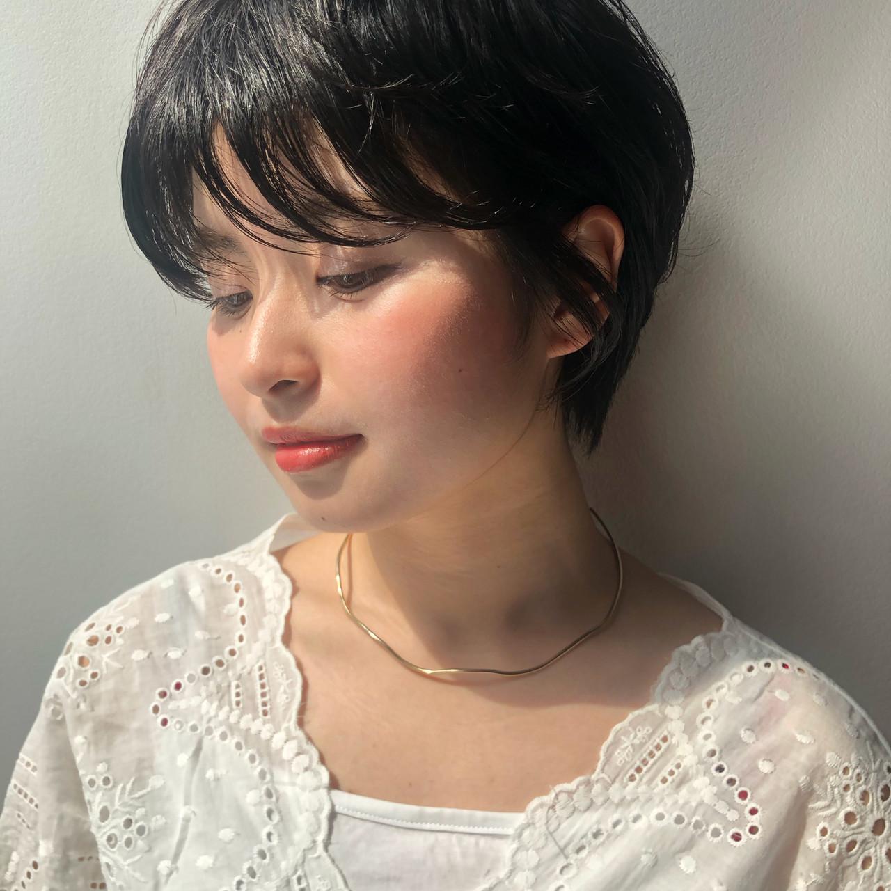 暗髪 ショート アッシュ 就活 ヘアスタイルや髪型の写真・画像   Reina /