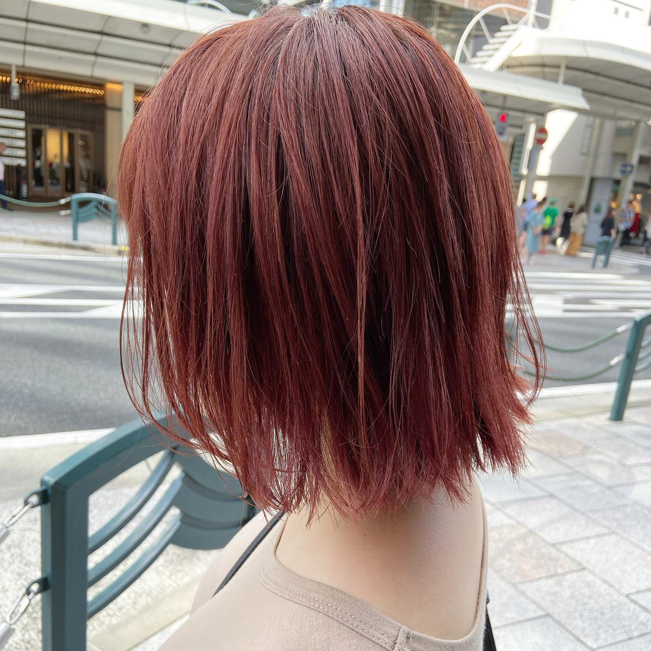 レッドカラー レッド チェリーレッド ミディアム ヘアスタイルや髪型の写真・画像