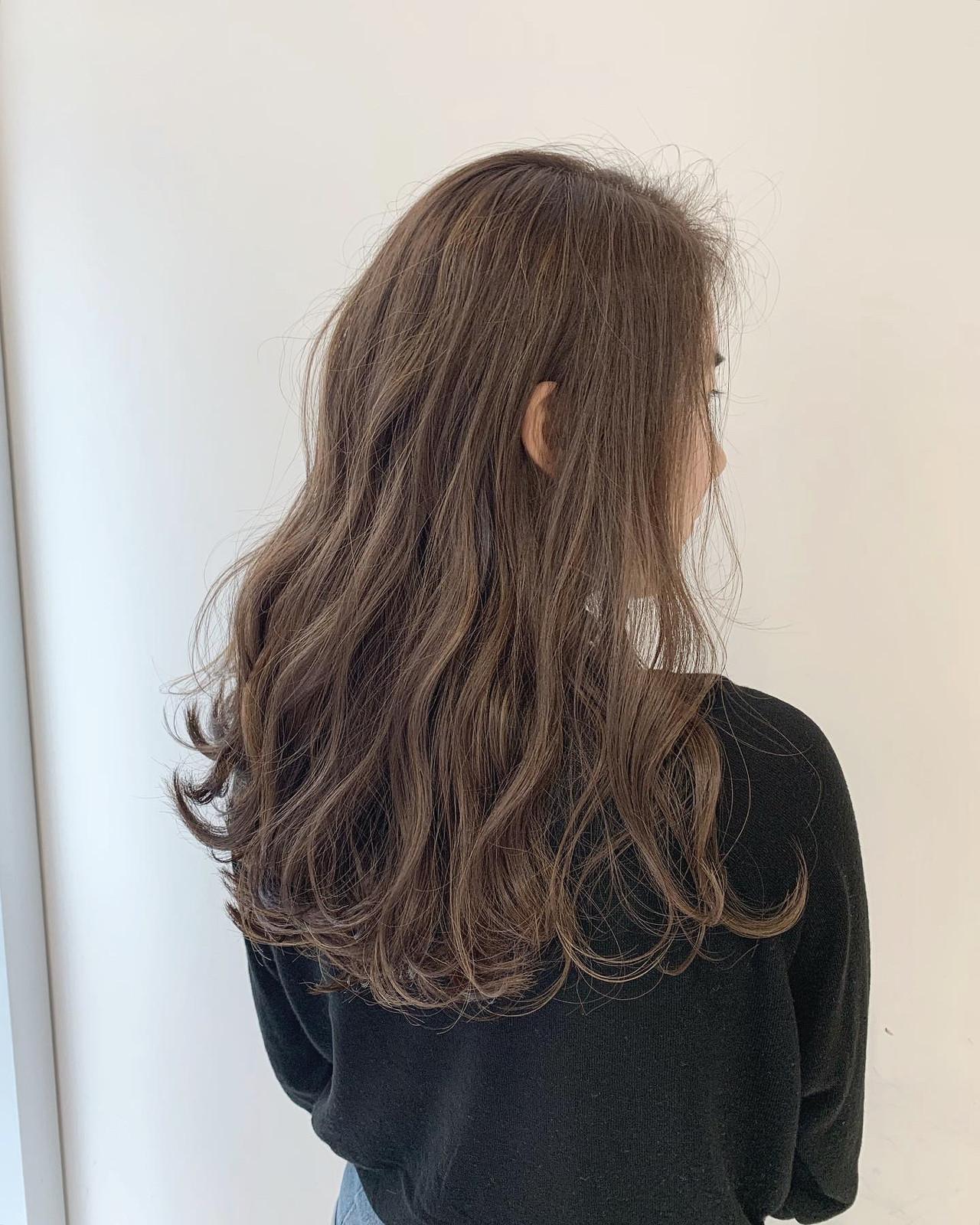 ミルクティーベージュ 結婚式 ロング ブライダル ヘアスタイルや髪型の写真・画像   ALIVE【阿部 圭悟】 / ALIVE