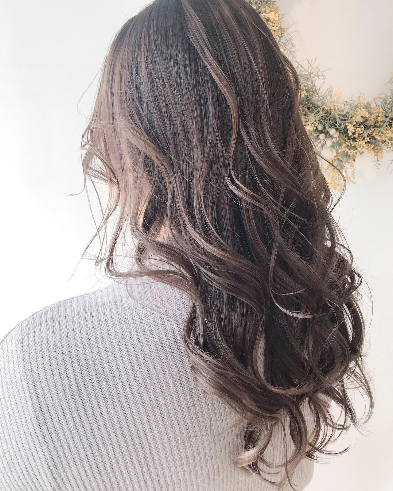 ロング ヘアアレンジ フェミニン 春スタイル ヘアスタイルや髪型の写真・画像