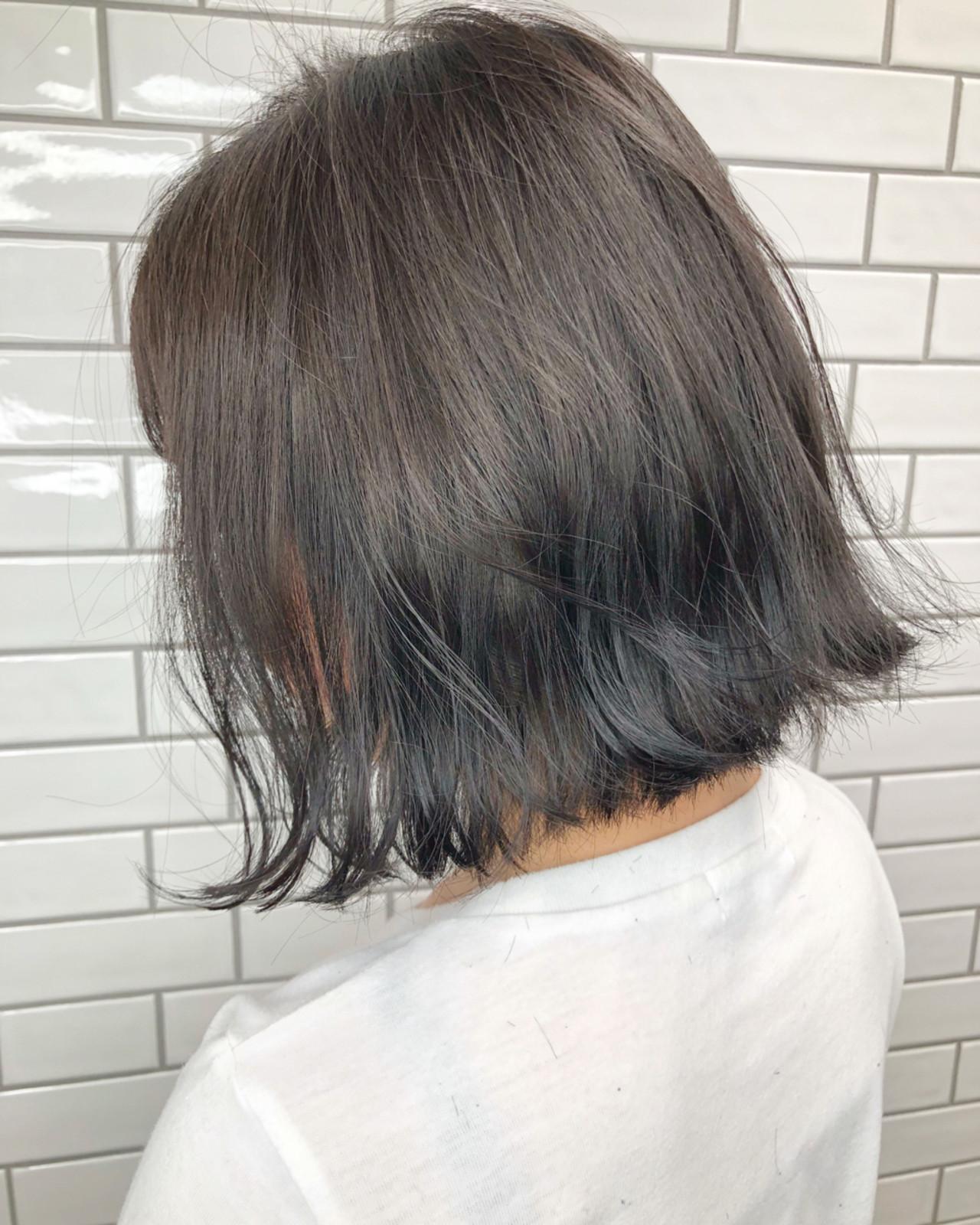 暗髪 ナチュラル グレージュ ブルージュ ヘアスタイルや髪型の写真・画像