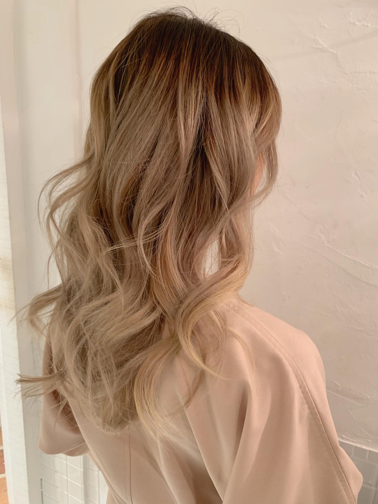ヘルシースタイル 外国人風カラー ロング ハイライト ヘアスタイルや髪型の写真・画像