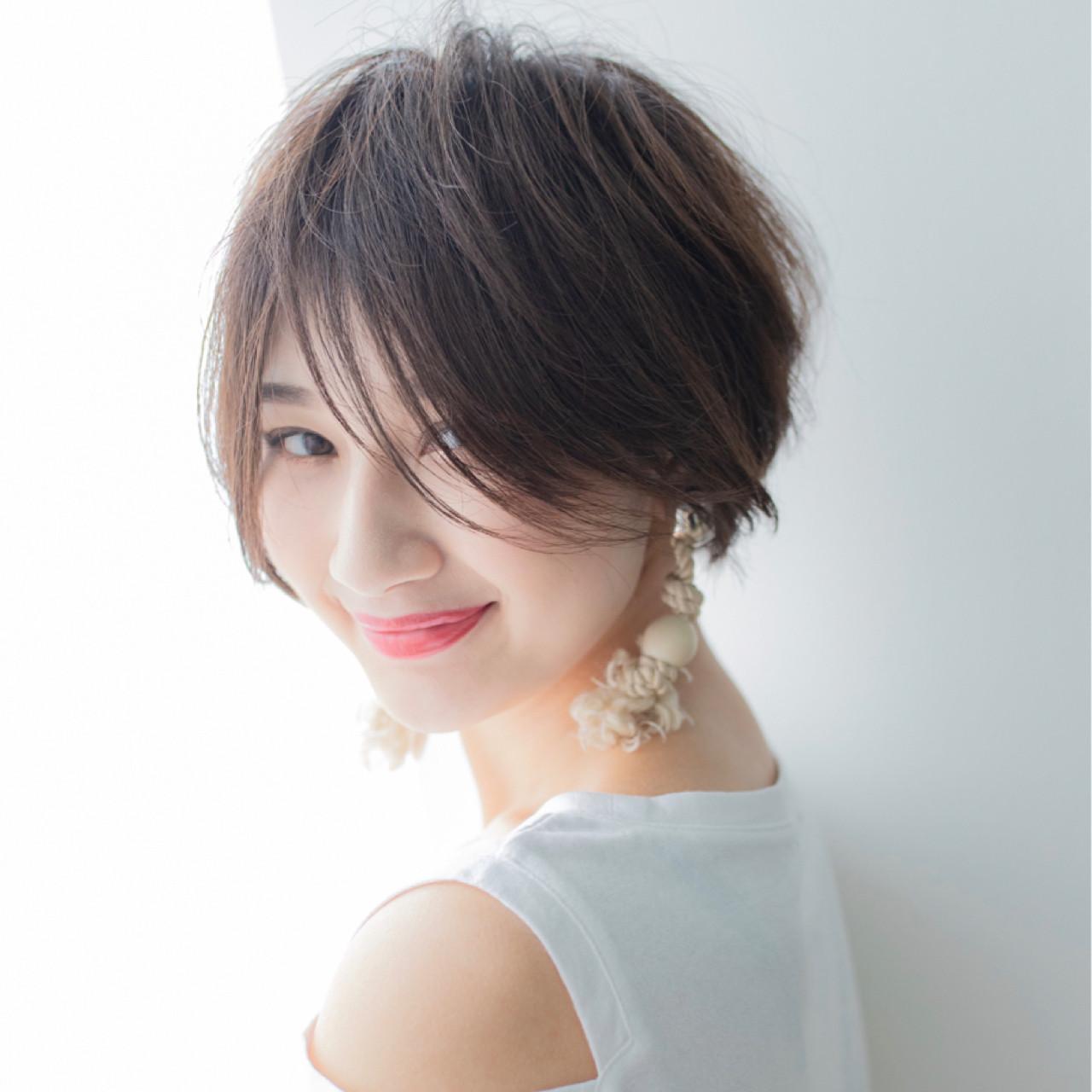 前髪あり ショート 涼しげ フェミニン ヘアスタイルや髪型の写真・画像 | 伊藤 大樹 / Lufeli