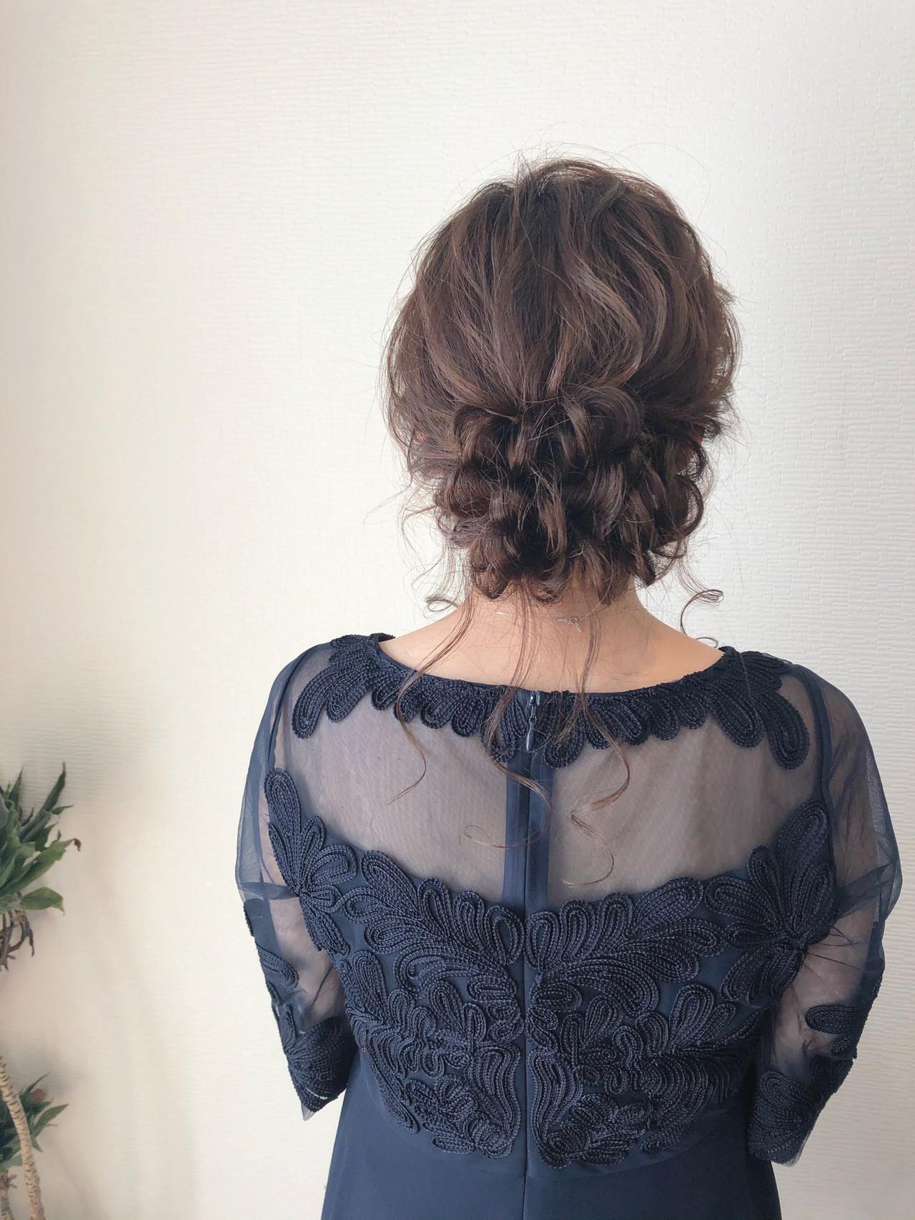 ミディアム アップスタイル ヘアセット 結婚式 ヘアスタイルや髪型の写真・画像