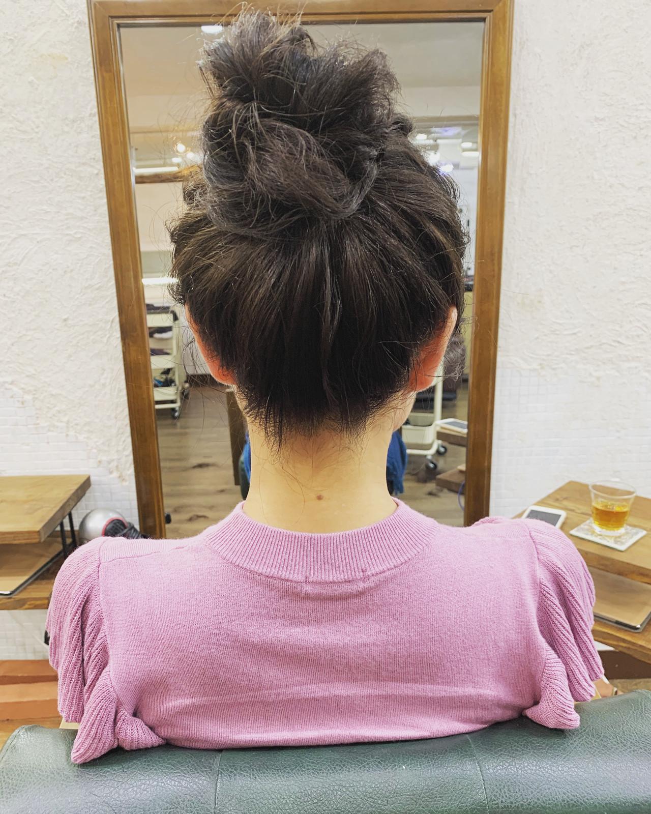 ラフ ナチュラル 簡単ヘアアレンジ お団子 ヘアスタイルや髪型の写真・画像