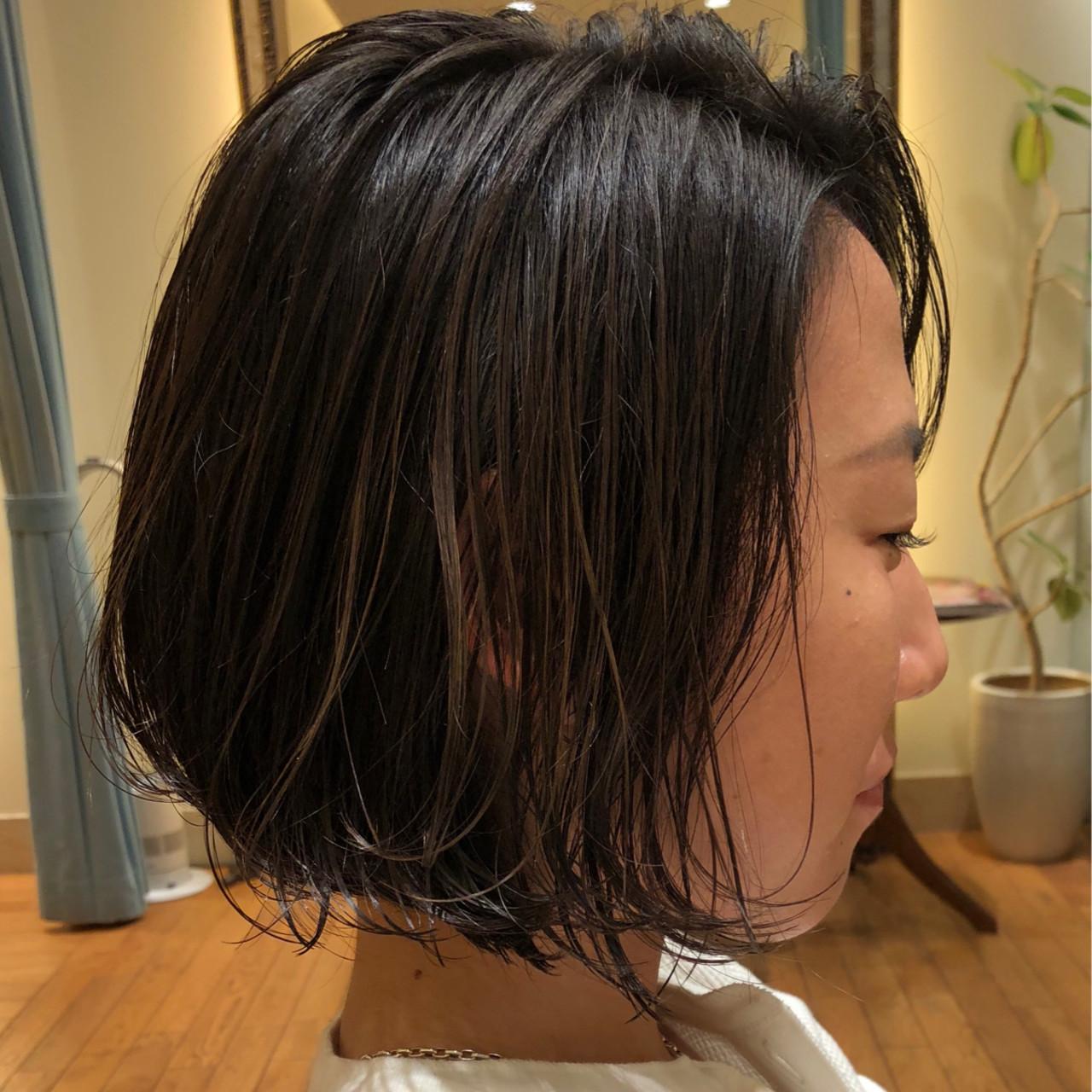 セミウェット ハイライト ボブ ダメージレス ヘアスタイルや髪型の写真・画像 | 市田莉子 / BEAUTRIUM265