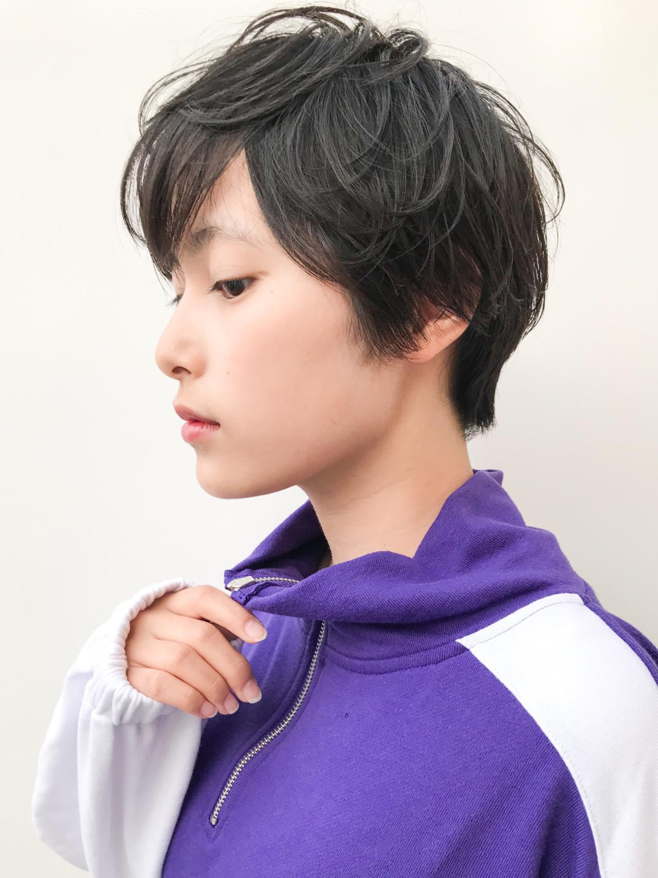 ハンサムショート アウトドア ショート 大人かわいい ヘアスタイルや髪型の写真・画像 | HIROKI / roijir / roijir