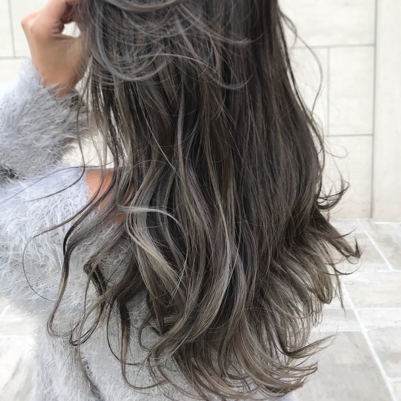 波ウェーブ ハイライト ウェーブ ロング ヘアスタイルや髪型の写真・画像