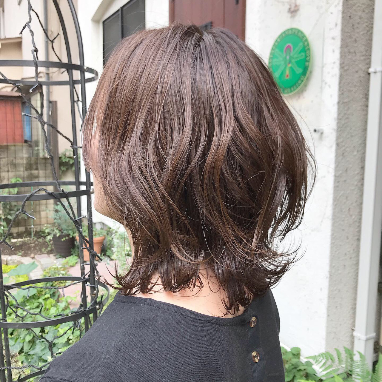 切りっぱなしボブ 外ハネボブ グレージュ くびれボブ ヘアスタイルや髪型の写真・画像 | 金子ひろゆき / sola