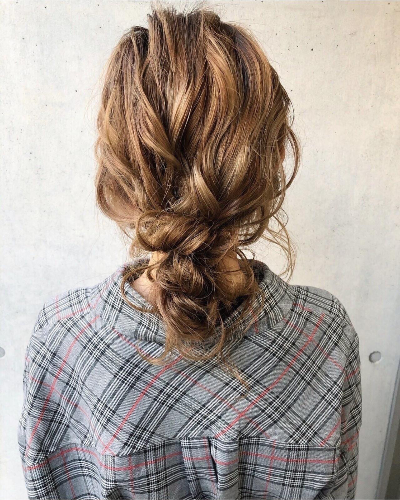大人かわいい アンニュイほつれヘア 簡単ヘアアレンジ セミロング ヘアスタイルや髪型の写真・画像
