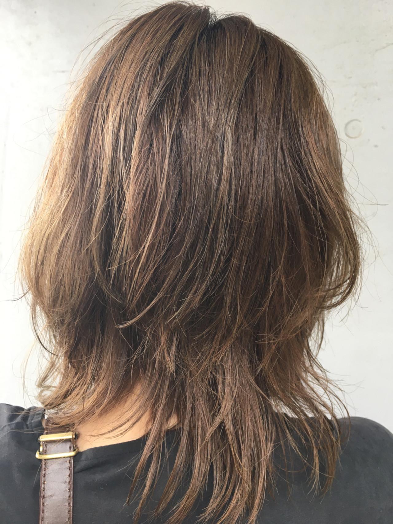 デート アンニュイ ナチュラル ウェーブ ヘアスタイルや髪型の写真・画像