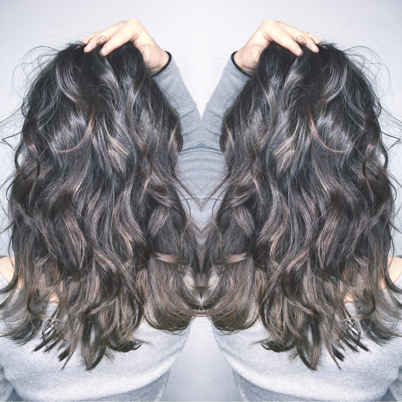 パーマ 外国人風 ナチュラル リラックス ヘアスタイルや髪型の写真・画像 | 筒井 隆由 / Hair salon mode