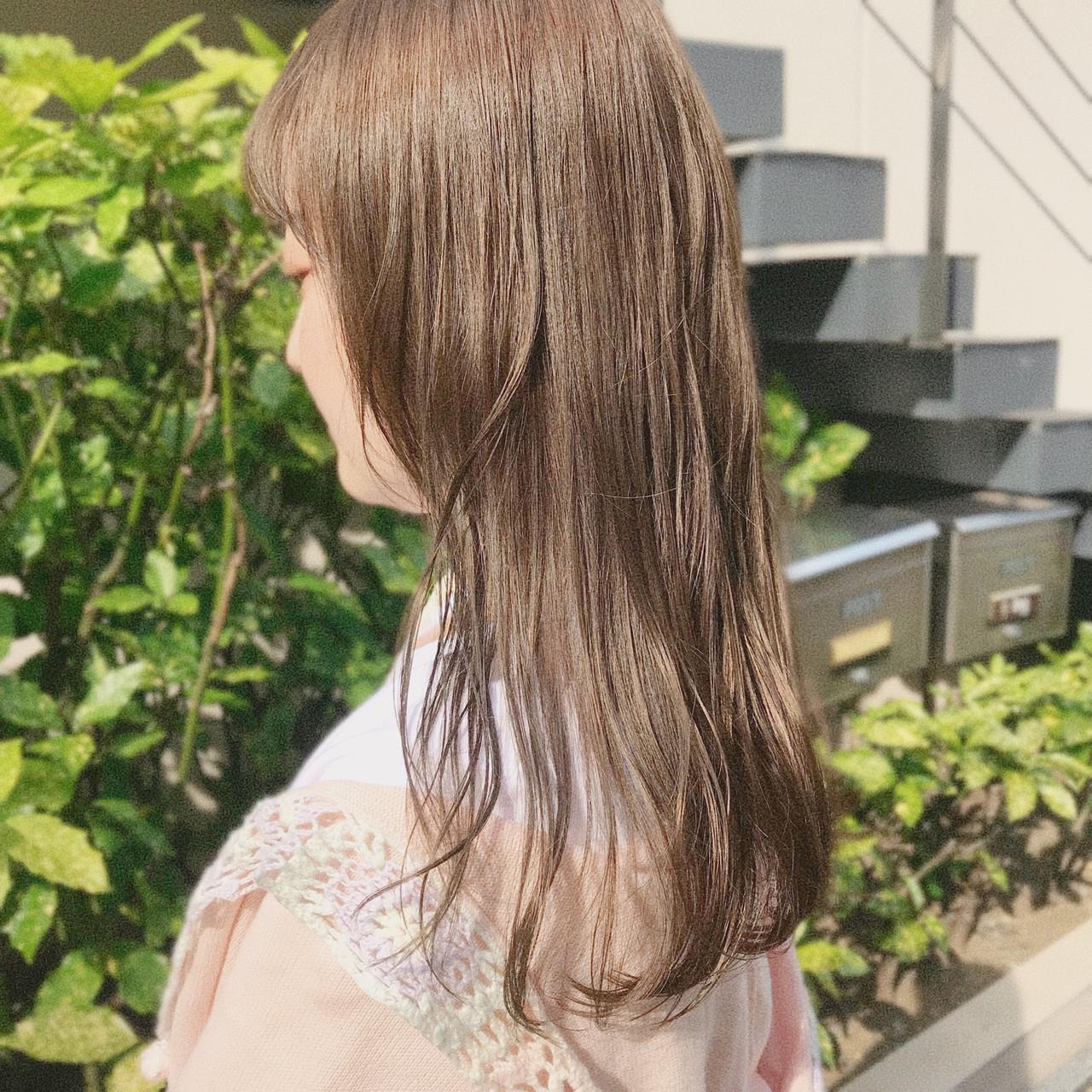 外国人風カラー ナチュラル シアーベージュ ロング ヘアスタイルや髪型の写真・画像