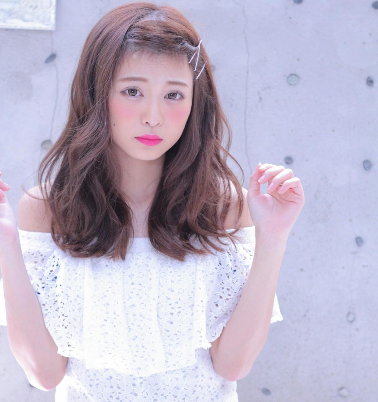 ショート ゆるふわ 簡単ヘアアレンジ 前髪あり ヘアスタイルや髪型の写真・画像 | Wataru Maeda / cache cache
